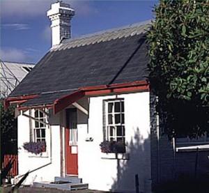 Porter Lodge